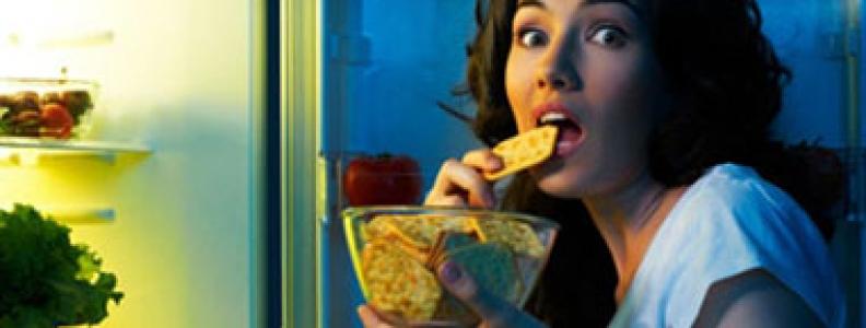 """7 quan niệm ăn uống sai lầm khiến bạn tăng cân """"vù vù"""""""