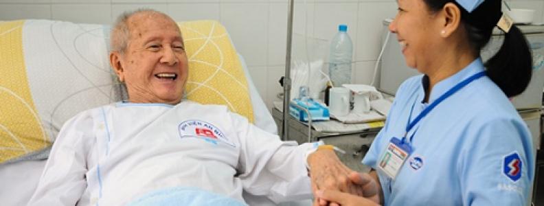 Giúp người bệnh vượt qua ung thư thực quản